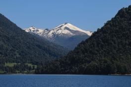 Berge am Todos los Santos See (© Lena Labryga / Weonlandia)
