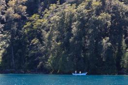 Fischer auf dem Todos los Santos See (© Lena Labryga / Weonlandia)