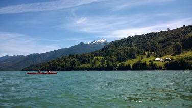 Mit dem Kajak durch den Fjord (© Lena Labryga / Weonlandia)